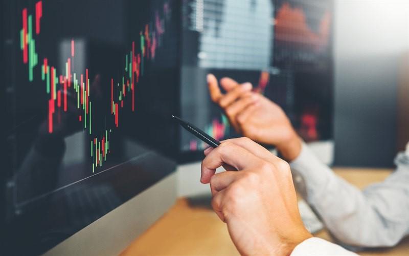 ویژگی های نرم افزار های معاملاتی بورس